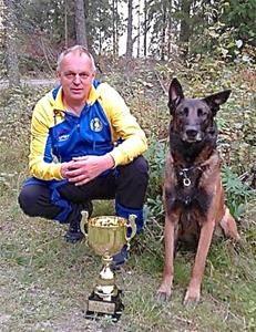Nordisk mästare i skyddshud gruppen Rune Westerlund med Lindjax Fix Enköpings BK